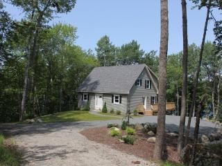 3 bedroom House with Internet Access in Surry - Surry vacation rentals