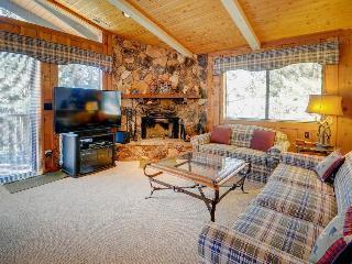 Inviting two-story cabin with a lovely deck, close to ski slopes & the lake! - Big Bear Lake vacation rentals
