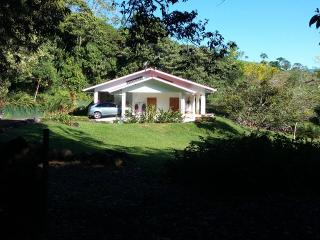 A very peaceful retreat in nature! - Volcan vacation rentals