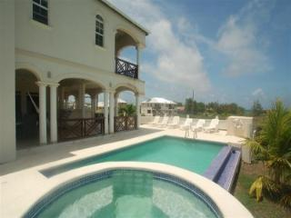 Nice Condo with A/C and Long Term Rentals Allowed (over 1 Month) - Durants vacation rentals