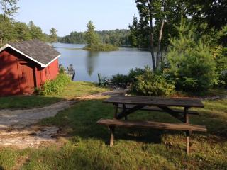 Baysville Charmer, Muskoka - Ril Lake - Baysville vacation rentals