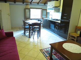 Lovely 2 bedroom Cascina Condo with Television - Cascina vacation rentals