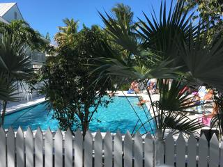 Beautiful Condo with Internet Access and Satellite Or Cable TV - Key West vacation rentals
