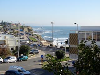 São Pedro Beach View Apartment - Estoril vacation rentals