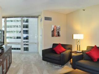 Vibrant Chicago 1 Bedroom Apartment With 24-Hour Doorman - Chicago vacation rentals