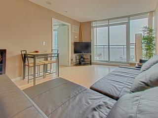 Your Perfect Downtown Suite at Toronto Waterfront - Toronto vacation rentals