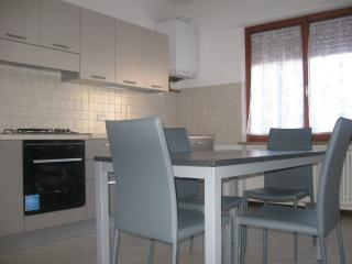 Bright 3 bedroom Mondavio Apartment with Corporate Bookings Allowed - Mondavio vacation rentals