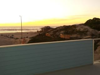 Nice Studio with Internet Access and Fireplace - Oceano vacation rentals