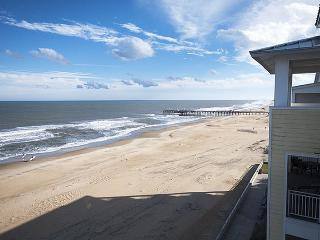 Penthouse Paradise 407 B *Direct Oceanfront Condo! Sweeping beach and ocean views!* - Virginia Beach vacation rentals