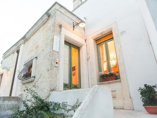 Bright 2 bedroom Veglie House with Washing Machine - Veglie vacation rentals