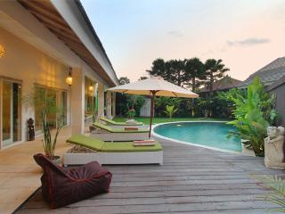 #F1 Friendly Tropical Villa Seminyak 6BR - Seminyak vacation rentals