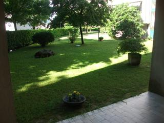 Nice Apartment with Central Heating and Housekeeping Included - Jesolo vacation rentals