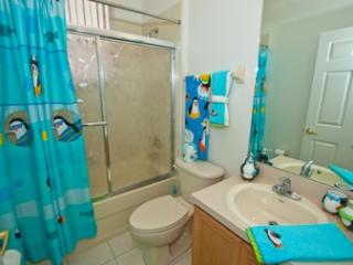 Calabay Park at Tower Lake - 4 BR Private Pool Home, South Facing - DVM 1945 - Haines City vacation rentals