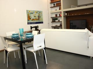Bright Rome Condo rental with Dishwasher - Rome vacation rentals