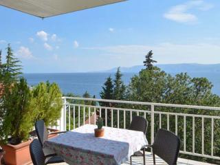 Apartment Nada A4+2 - Novi Vinodolski vacation rentals