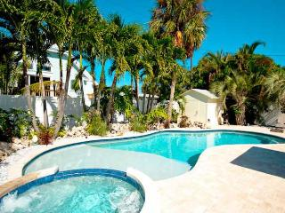 3 bedroom House with Dishwasher in Holmes Beach - Holmes Beach vacation rentals