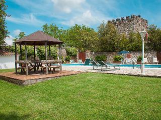 4 bedroom Villa in Todi, Umbria, Italy : ref 2098526 - Massa Martana vacation rentals