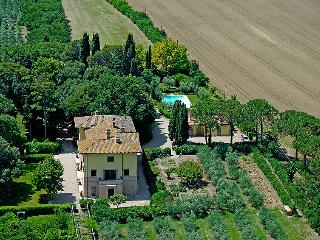 9 bedroom Villa in Perugia, Umbria, Italy : ref 2027093 - Sant'Enea vacation rentals