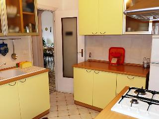 2 bedroom House with Internet Access in Sorrento - Sorrento vacation rentals