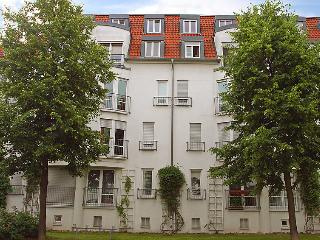 Romantic 1 bedroom Dresden House with Television - Dresden vacation rentals