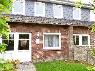 Romantic 1 bedroom Norddeich House with Television - Norddeich vacation rentals