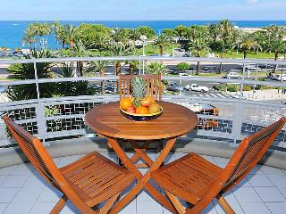 Beautiful 1 bedroom Vacation Rental in L'Escala - L'Escala vacation rentals