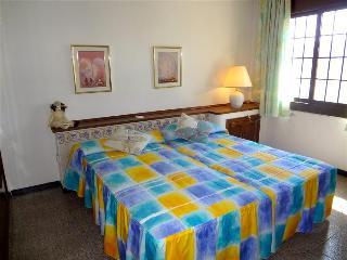 5 BR Villa Maravilloso - CCS 9369 - Barcelona vacation rentals