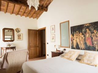 Farm apartment Le Ghiande, in Siena countryside - Siena vacation rentals