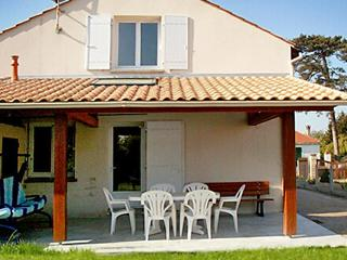 5 bedroom Villa in Pornic, Vendee  Western Loire, France : ref 2011771 - La Bernerie-en-Retz vacation rentals