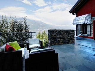 Villa Annalisa vista lago con accesso piscina 5 px - Perledo vacation rentals