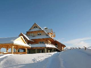 4 bedroom Villa in Zakopane, Tatras, Poland : ref 2300196 - Zakopane vacation rentals
