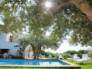 4 bedroom Villa in Begur, Costa Brava, Spain : ref 2010419 - Fornells vacation rentals