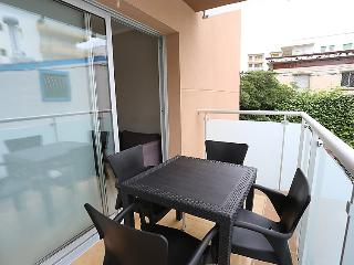 Cozy Salou vacation House with Internet Access - Salou vacation rentals