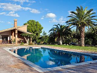 3 bedroom Villa in Cambrils, Costa Daurada, Spain : ref 2097114 - Cambrils vacation rentals