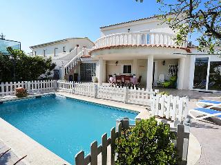 4 bedroom Villa in Cambrils, Costa Daurada, Spain : ref 2023356 - Cambrils vacation rentals