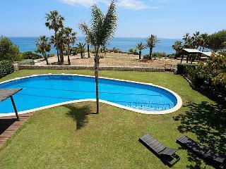 4 bedroom Villa in L Ametlla De Mar, Costa Daurada, Spain : ref 2084769 - L'Ametlla de Mar vacation rentals