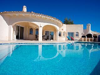2 bedroom Villa in Altea, Costa Blanca, Spain : ref 2008129 - Altea la Vella vacation rentals