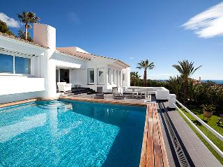 3 bedroom Villa in Altea, Costa Blanca, Spain : ref 2008133 - Altea la Vella vacation rentals