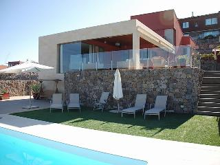 4 bedroom Villa in Maspalomas, Gran Canaria, Canary Islands : ref 2216770 - Montana La Data vacation rentals
