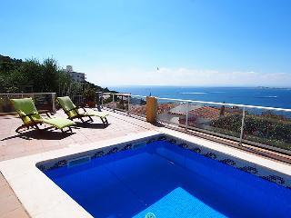 3 bedroom Villa in Roses, Costa Brava, Spain : ref 2235934 - Roses vacation rentals