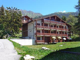 2 bedroom Apartment in Verbier, Valais, Switzerland : ref 2285354 - Verbier vacation rentals