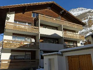 Nice House with Television and Balcony - Täsch vacation rentals