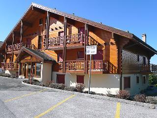 2 bedroom Apartment in Crans Montana, Valais, Switzerland : ref 2297590 - Crans-Montana vacation rentals