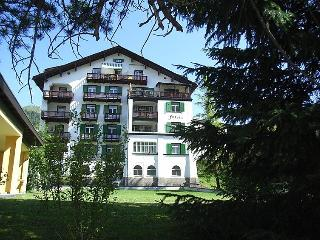 3 bedroom Apartment in Davos, Praettigau Landwassertal, Switzerland : ref 2298179 - Davos vacation rentals