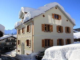 4 bedroom Apartment in Flims, Surselva, Switzerland : ref 2235643 - Flims vacation rentals