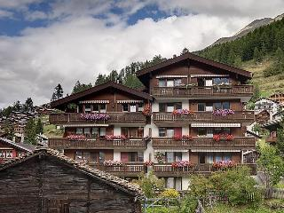 3 bedroom Apartment in Zermatt, Valais, Switzerland : ref 2300684 - Zermatt vacation rentals