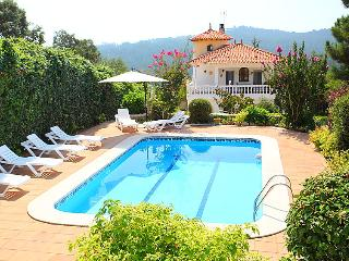3 bedroom Villa in Lloret de Mar, Costa Brava, Spain : ref 2213962 - Mont Barbat vacation rentals