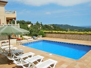 6 bedroom Villa in Lloret De Mar, Costa Brava, Spain : ref 2214435 - Mont Barbat vacation rentals
