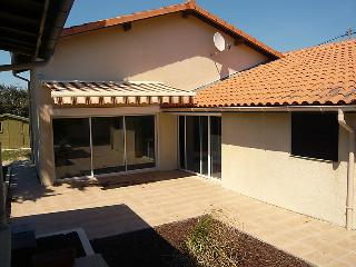 2 bedroom Villa in Lacanau, Gironde, France : ref 2011937 - Lacanau-Ocean vacation rentals