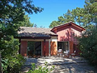 3 bedroom Villa in Lacanau, Gironde, France : ref 2024040 - Lacanau-Ocean vacation rentals